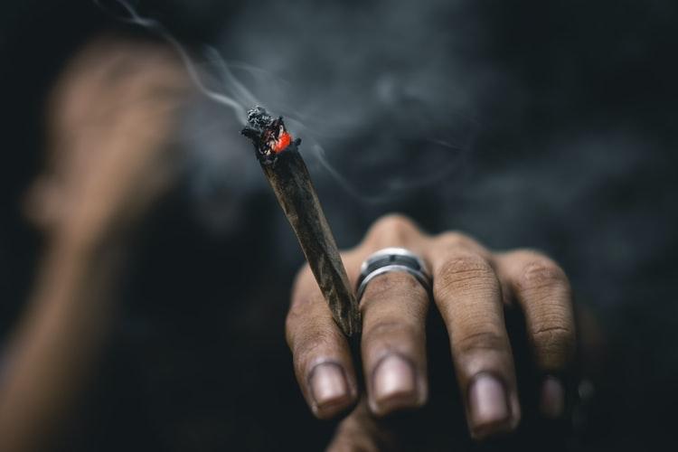 Cannabis, opiacés, cocaïne, la législation et les plus gros consommateurs au monde