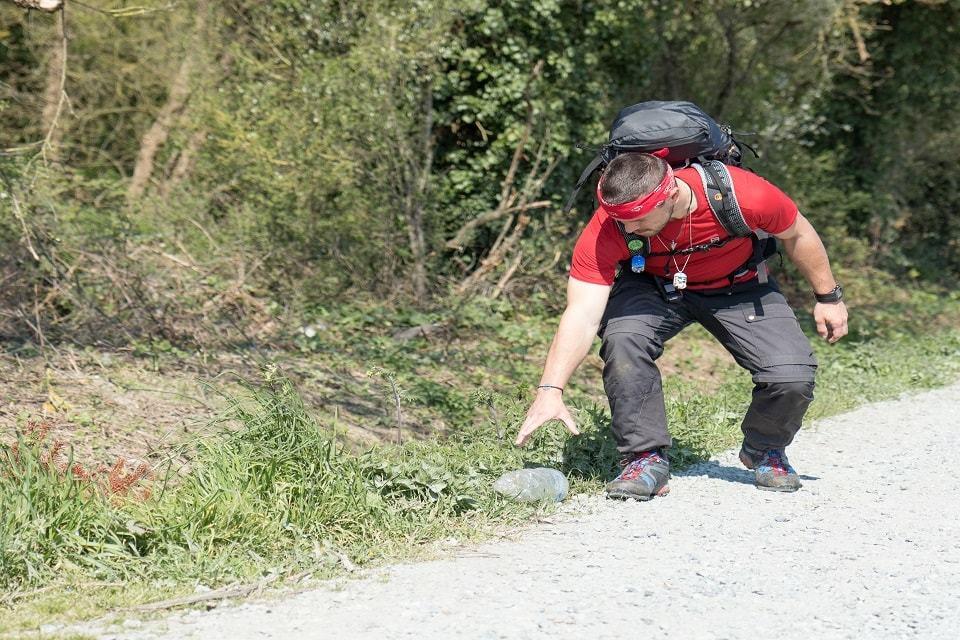 Kevin Plessis, l'aventurier qui part à la chasse aux déchets