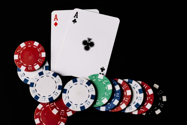 Jouer au casino en ligne ou voyager à Las Vegas, que choisir ?