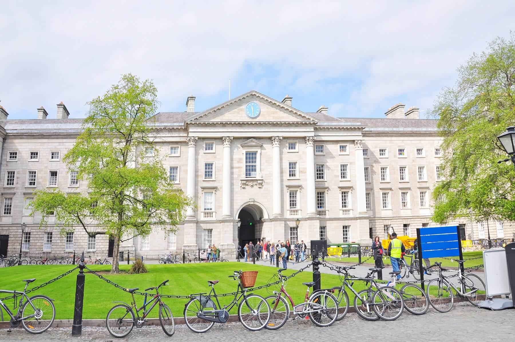Trinity College Dublin, meilleure université d'Irlande