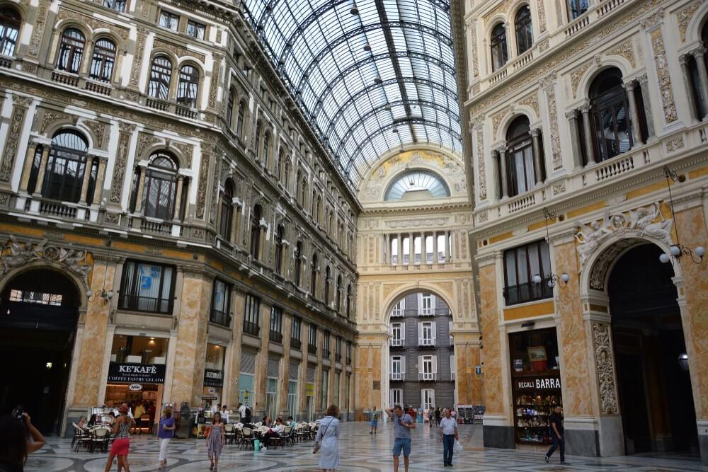 Détente à Naples 3