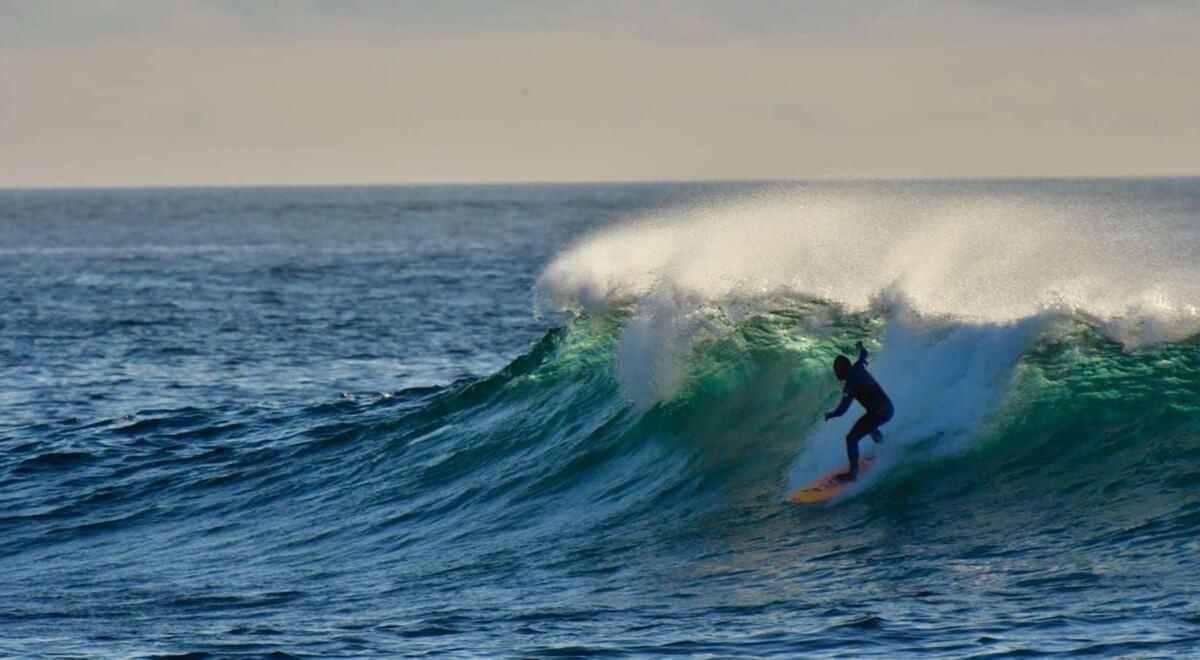 Surfer aux Açores
